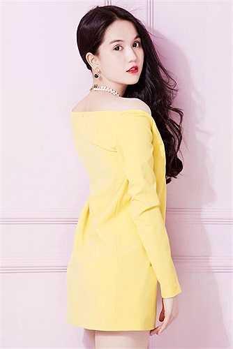 Người đẹp bắt tay phát triển chuỗi cửa hàng thời trang mang thương hiệu  riêng mình.