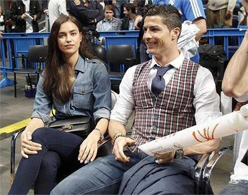 Ronaldo đi xem một trận bóng rổ thuộc giải Trận bóng rổ mà họ đến xem thuộc giải vô địch châu Âu, giữa CSKA Moscow và Real Madrid.