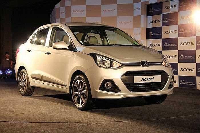 Phiên bản sedan của mẫu xe nhỏ Hyundai Grand i10 vừa trình làng với giá rẻ bất ngờ, 7.600 USD.