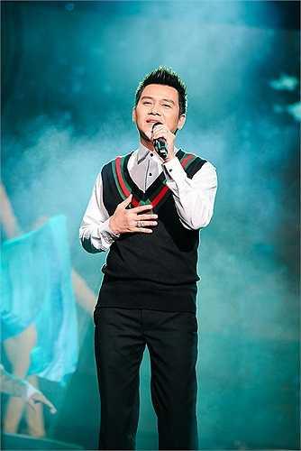 Ca sĩ Mai Quốc Huy dành tặng cho khán giả hai tác phẩm rất nổi tiếng là Mưa rừng và Giọng ca dĩ vãng