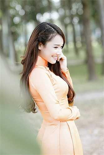 Những ngày gần đây, báo Hàn Quốc bắt đầu đăng tải khá nhiều tin tức về bộ phim mà 'Bánh tráng' Nhã Phương tham gia.