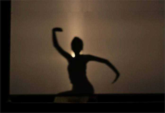 Phần thi múa bóng mang tên 'Vọng nguyệt' của thí sinh Đoàn Thị Linh