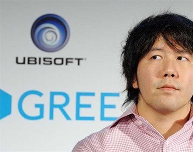 5. Yoshikazu Tanaka Giá trị tài sản: 1,6 tỷ USD Tuổi: 37 Nghề nghiệp: CEO Gree Là doanh nhân trẻ tuổi độc thân đáng ngưỡng mộ nhất tại Nhật Bản, tuy nhiên, Yoshikazu Tanaka phải trải qua năm 2013 vô cùng khó khăn, khi cổ phiếu công ty anh giảm tới 20%. Dẫu vậy, số tài sản 1,6 tỷ USD vẫn giúp anh đứng vững trong danh sách những tỷ phú giàu có nhất thế giới.