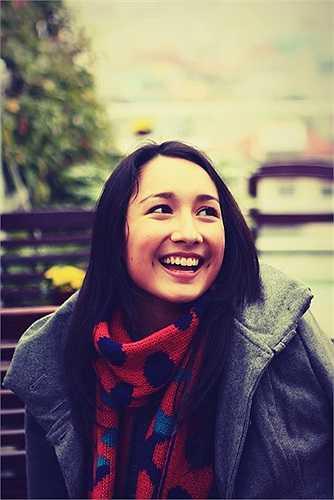 Anna Trương xinh đẹp, rạng rỡ bên trời tây.