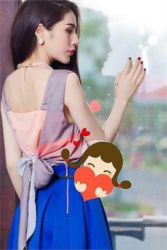Thủy Tiên quyến rũ trong những trang phục thời trang.