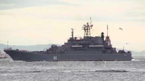 Ukraine cáo buộc lính Nga dùng lựu đạn cay chiếm tàu ở Biển Đen