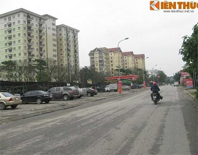 UBND quận Hoàng Mai (TP Hà Nội) cùng đại diện các nhà đầu tư vừa động thổ đoạn đường thuộc dự án đường vành đai 2,5 từ Đầm Hồng (phường Khương Đình, quận Thanh Xuân) đến đường Giải Phóng (phường Thịnh Liệt, quận Hoàng Mai).