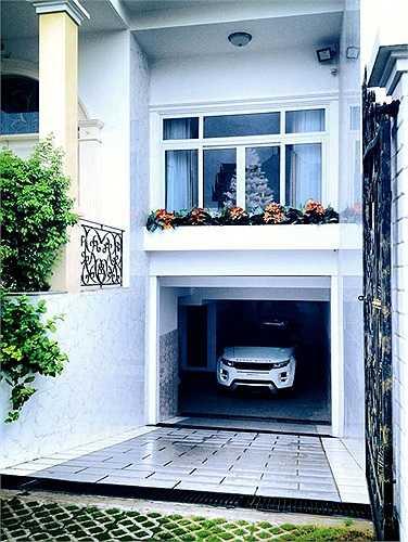 Chiếc xe Range Rover trị giá trên 3 tỷ đổng