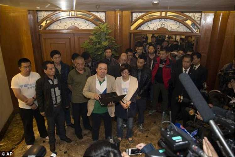Nhiều người đã không giữ được bình tĩnh, nổi nóng với chính quyền Malaysia