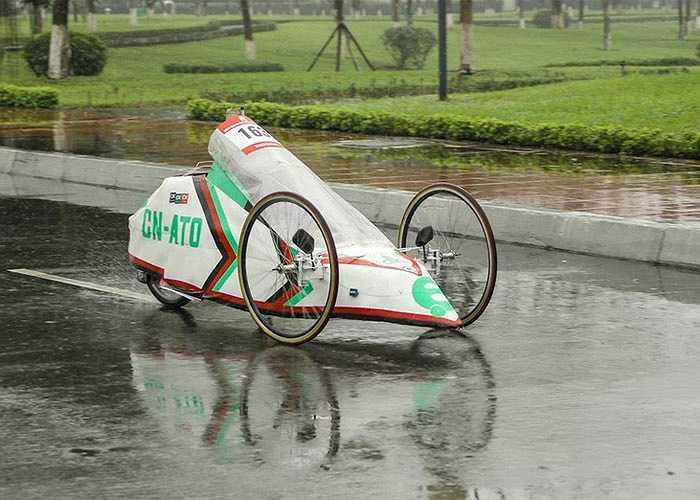 Cùng xem những chiếc xe tự chế ngộ nghĩnh của sinh viên Việt Nam.