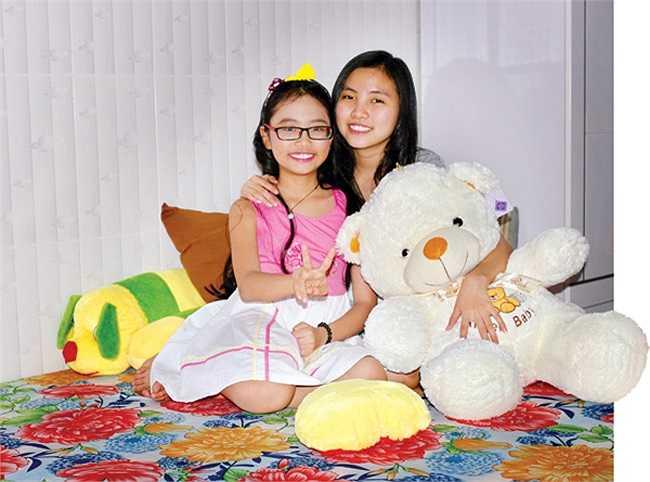 Mỹ Chi và chị gái được ưu ái dành cho căn phòng to nhất nhà.