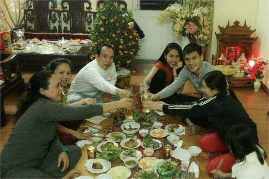 Vợ chồng Công Vinh, Thủy Tiên tiết lộ rằng sẽ có nhiều kế hoạch trong năm tới