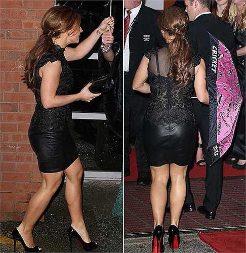 Bà xã Rooney thể hiện gu ăn mặc rất chất