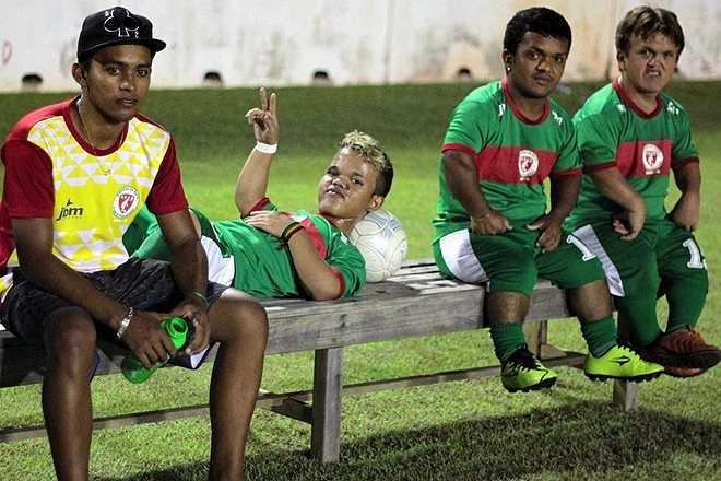 Mỗi trận đấu của đội bóng siêu lùn thu hút trung bình khoảng 30.000 khán giả đến từ khắp nơi trên đất nước Brazil.