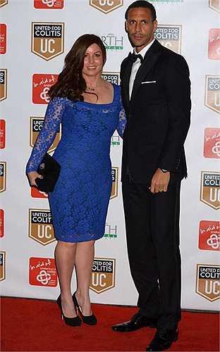Rio Ferdinand cùng vợ đi dự tiệc từ thiện