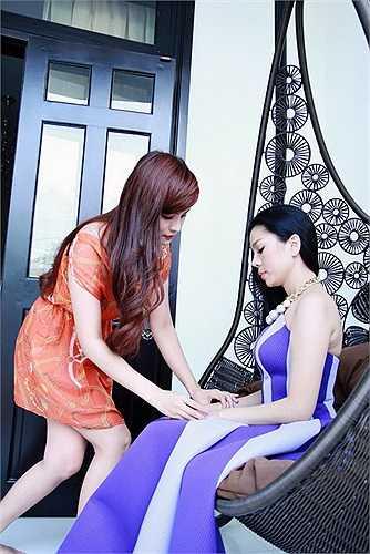 Cô hiện là giọng ca phòng trà ăn khách nhất nhì tại Sài Gòn.
