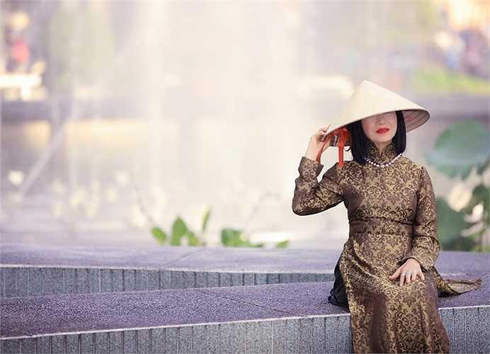Xuất hiện trong đêm nhạc 'Tình khúc vượt thời gian' tháng 3, nữ danh ca sẽ biểu diễn lại ca khúc 'Cho em tuổi ngọc' được nhạc sỹ Lam Phương viết tặng riêng cho bà.
