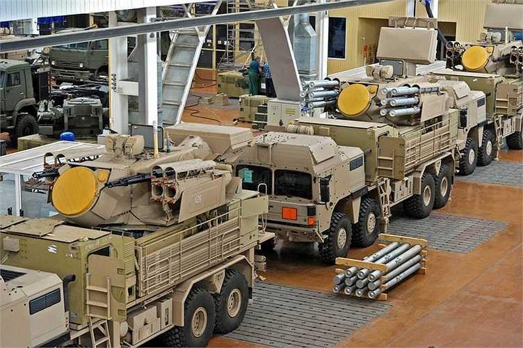 Xe chở hệ thống tên lửa chống tăng Pantsir-S1