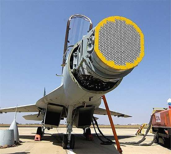 Phần mũi của chiến cơ thế hệ 4++ Su-35 của Không quân Nga