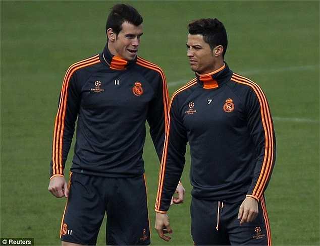 Gareth Bale cũng rất thoải mái được tập luyện cùng Ronaldo