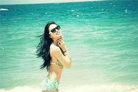 Ngô Thanh Vân quyến rũ khi diện đồ bơi.