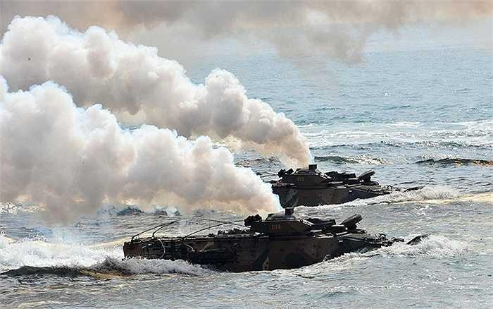 Hàn Quốc nói tàu cá Triều Tiên xâm phạm lãnh hải đã được thả về