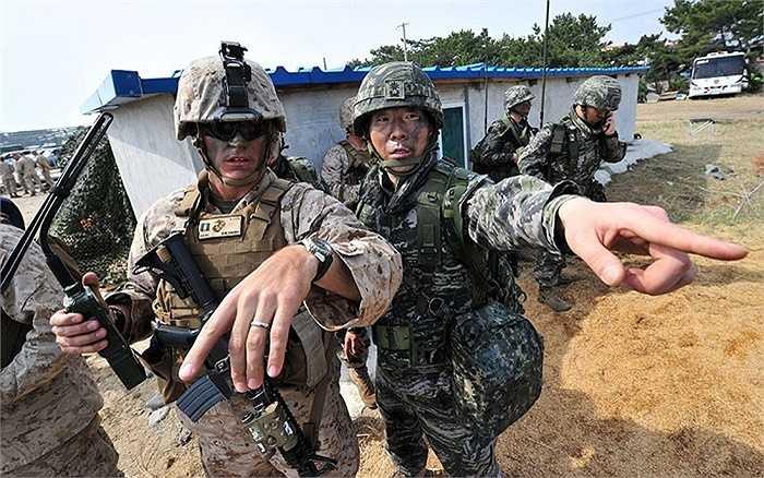 Binh lính liên quân Mỹ - Hàn