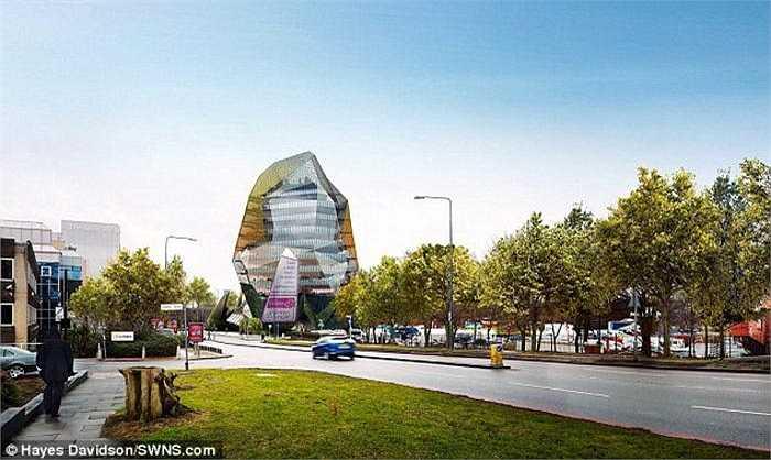 Sau rất nhiều tranh cãi và cuộc chiến pháp lý, chủ đầu tư dự án London Octopus mới xin được giấy phép xây dựng, dự kiến sẽ bắt đầu vào năm 2012 nhưng bị hoãn lại do khó khăn kinh tế.