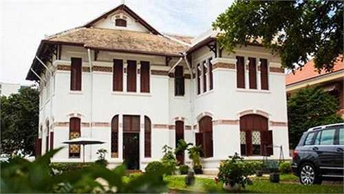 Đây cũng là nơi đầu tiên tại Việt Nam cung cấp trọn gói đánh giá và trao chứng nhận cho chứng chỉ âm nhạc quốc tế Trinity College London.
