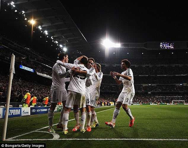 Thắng trận 3-0, Real Madrid dường như đã chắc suất vào vòng bán kết