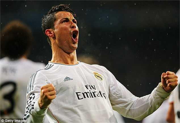 Khác biệt lớn nhất trong thành tích này của Ronaldo với Messi, là cầu thủ người BĐN chỉ cần 8 trận để có 14 bàn thắng tại Champions League, trung bình 49,07 phút/bàn. Đây đang là hiệu suất chưa từng có tiền lệ tại giải đấu hàng đầu châu Âu này.