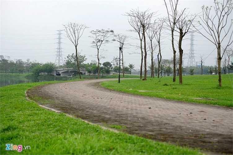 Đây còn là địa điểm thể dục, thể thao cho người dân lý tưởng