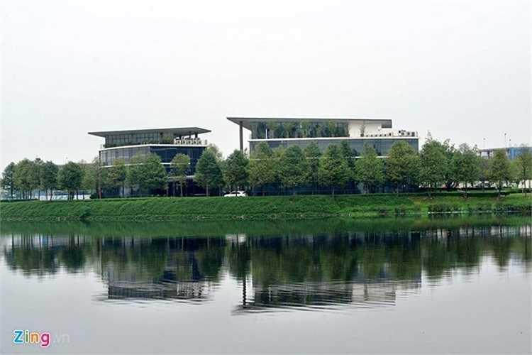 Trước đó Hà Nội cũng đã đồng ý điều chỉnh chức năng sử dụng đất của khu chức năng đô thị, bổ sung thêm chức năng nhà ở thương mại theo chỉ đạo của Chủ tịch UBND thành phố Nguyễn Thế Thảo.