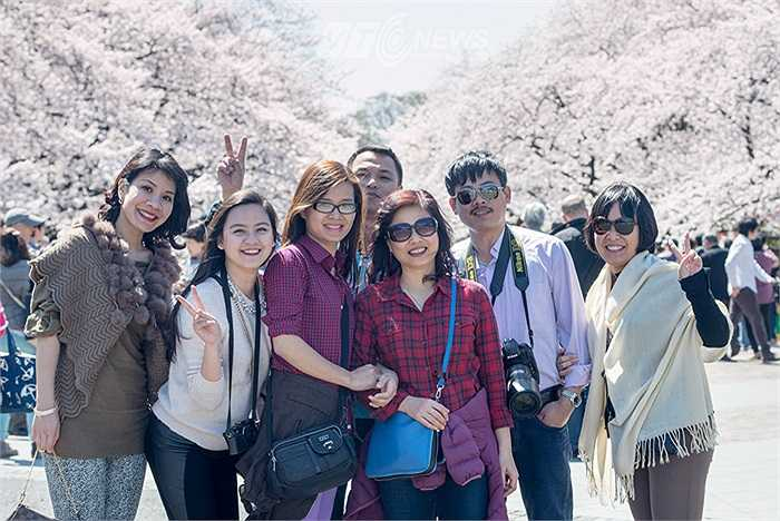 Đây là những vị khách đến từ Việt Nam.