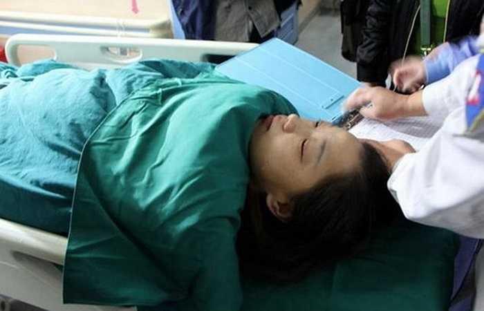 Chị Zhou ngày càng yếu và buộc phải được ghép thận