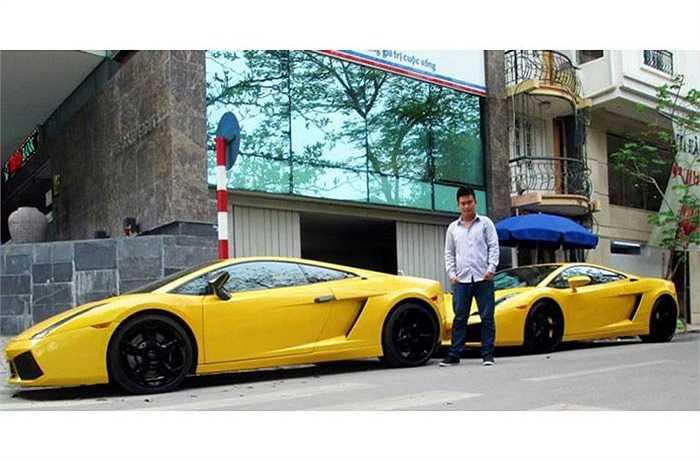 Góp mặt trong buổi hội tụ đầy bất ngờ này có bộ đôi Lamborghini Gallador, Lamborghini LP640, Ferrari 458 màu đen.