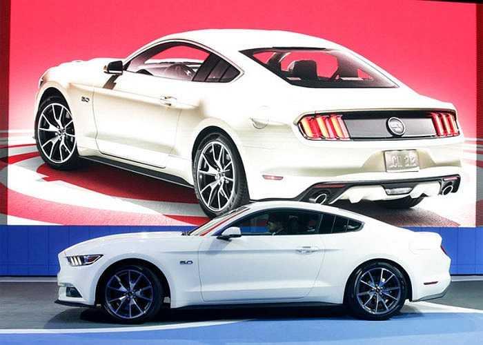 Phiên bản đặc biệt kỷ niệm 50 năm tồn tại của dòng xe nổi tiếng Ford Mustang.