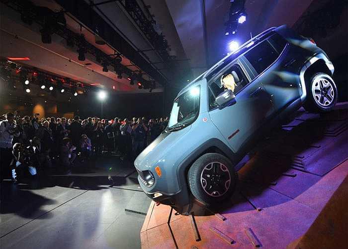 Jeep Renegade 2015, hàng lạ trong phân khúc SUV tại triển lãm New York