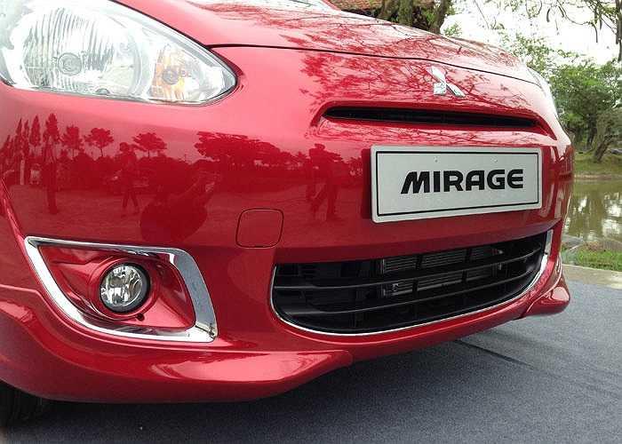 Tuy nhiên, về sức mạnh, khối động cơ của xe vẫn là động cơ MIVEC 3 xi-lanh dung tích 1.2 lít, có khả năng sản sinh công suất 78 mã lực và có mômen xoắn cực đại 100 Nm.