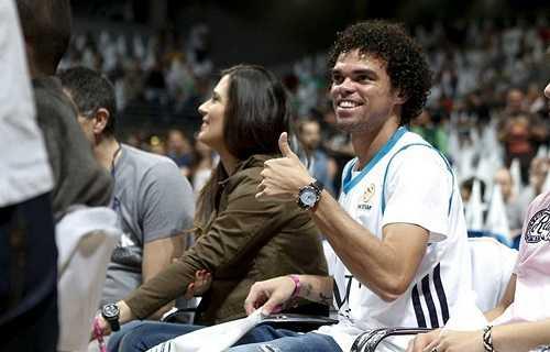 Khoảnh khắc hạnh phúc của gia đình sao Bồ Đào Nha