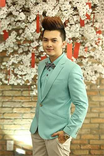 Tham dự sự kiện cùng Maria Đinh Phương Ánh còn có Nam Cường.