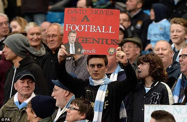 Khẩu ngữ 'David Moyes là một thiên tài bóng đá' cũng được đem ra bêu riếu lại