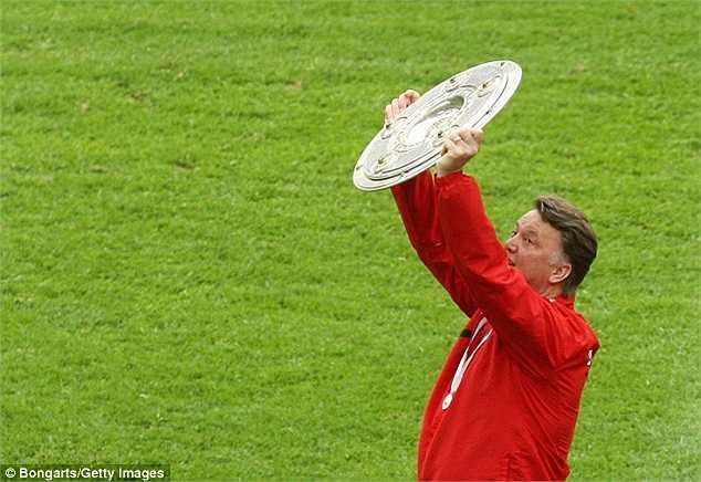 HLV người Hà Lan đã có những chức vô địch khác nhau, ở cả ba quốc gia: Hà Lan, Tây Ban Nha, Đức. Và từng 1 lần thống trị châu Âu cùng Barcelona