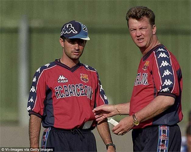 Van Gaal thời còn làm 'thầy' của Jose Mourinho