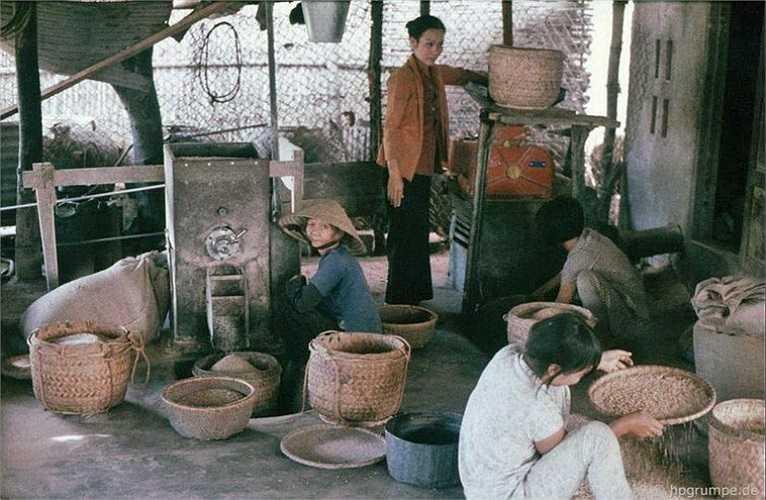 Xưởng xay xát gạo.