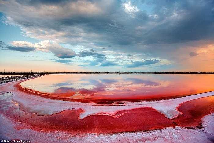 Dự tính trong hồ Sivash còn khai thác được khoảng 200 triệu tấn muối