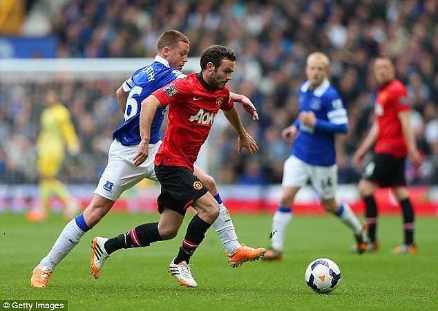 Juan Mata cũng đã thi đấu không được như mong đợi ở trận đấu này