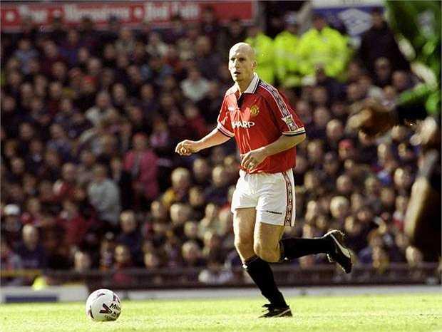 Jaap Stam - Bắt đầu sự nghiệp huấn luyện và gây ấn tượng tại Ajax. Sir Alex Ferguson từng thừa nhận rằng ông rất hối tiếc khi bán anh cho Lazio vào năm 2001.