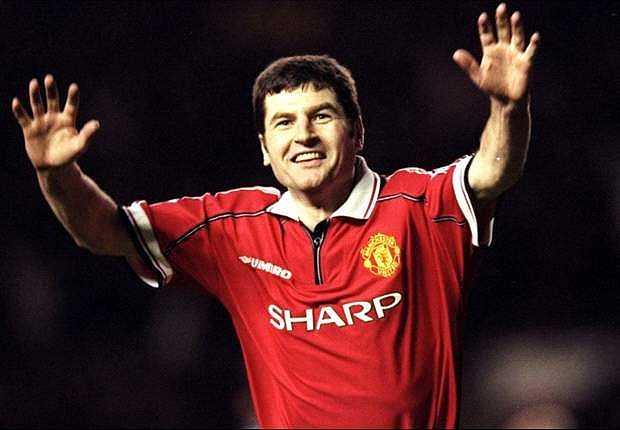 Denis Irwin - Một đại sứ khác của Man United, thường xuyên xuất hiện trên kênh truyền hình MUTV.