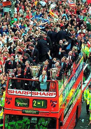 Chiến thắng này càng có thêm ý nghĩa khi nó là danh hiệu Champions League đầu tiên của Sir Alex Ferguson